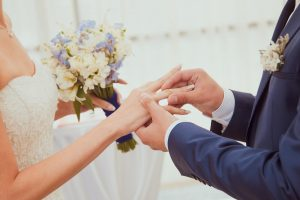 Tips To Have The Best Hair And Makeup Experience On Your Wedding Day